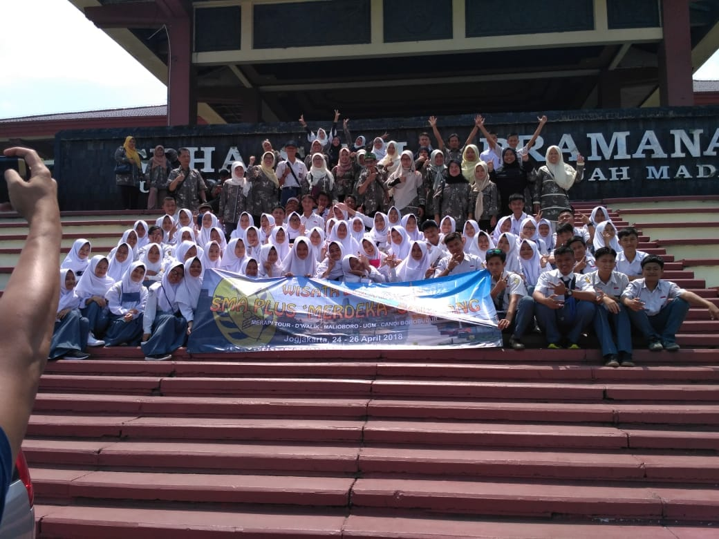 Goes to UGM